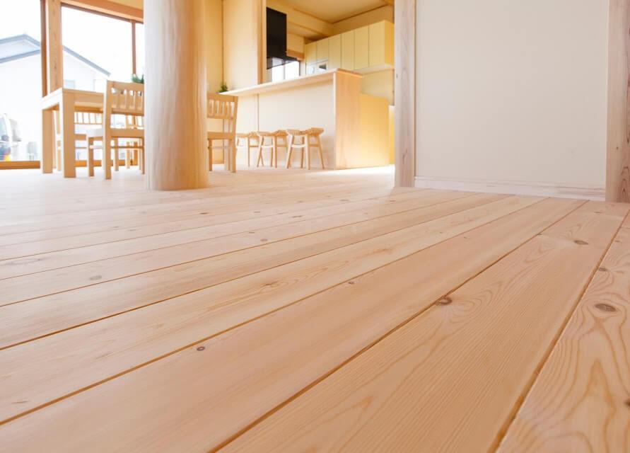 無垢の床_茨城県で無垢の家ならベースポイント