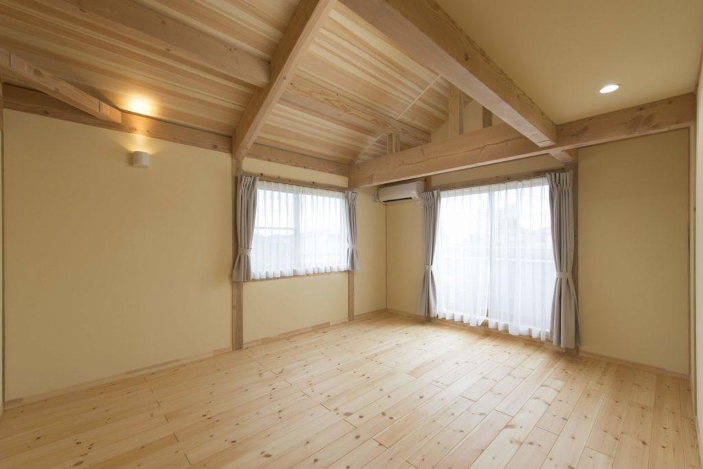 斜天井_つくばで高性能住宅ならベースポイント