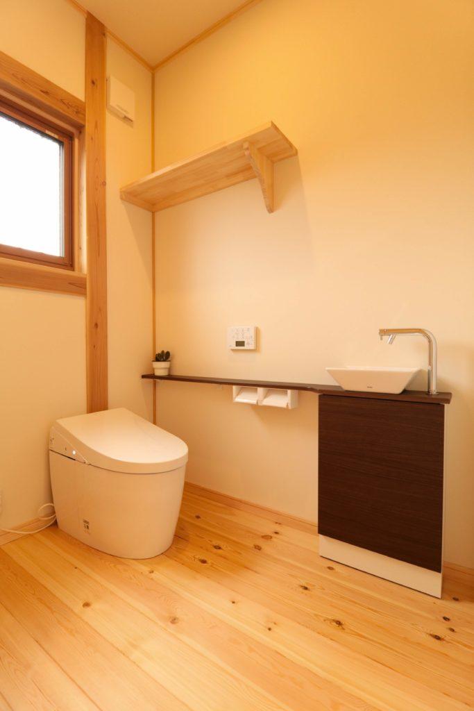 つくばで平屋を手掛けるベースポイントのトイレ画像