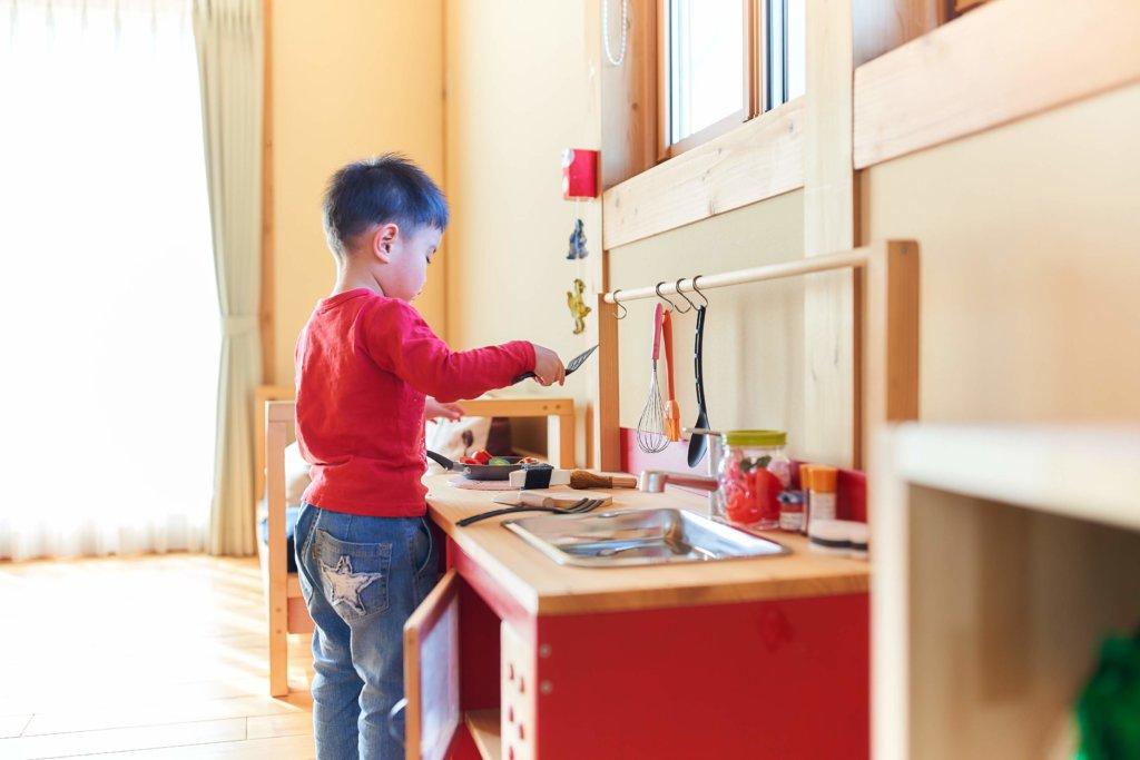 つくばで子育て世代の家を手掛けるベースポイントの遊ぶ子供画像