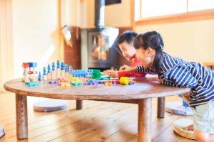つくばで注文住宅・木の家を手掛ける工務店ベースポイントの遊ぶ子供画像