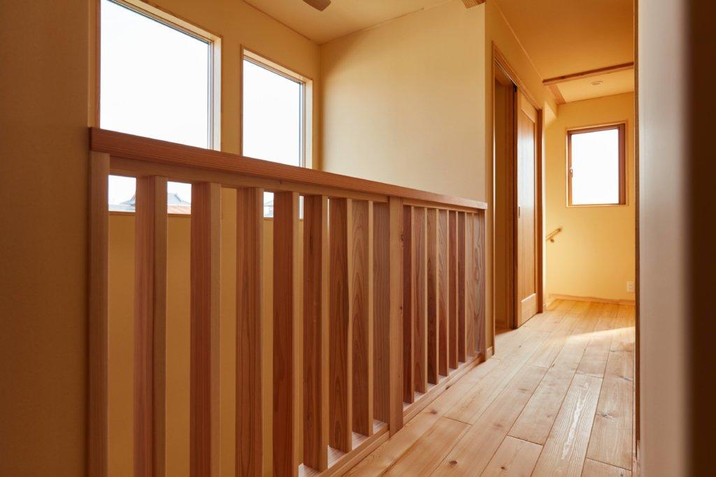 つくばでシンプルな家を建てるベースポイントの廊下写真