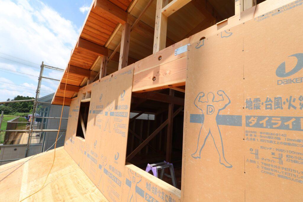 つくばで高性能住宅を建てるベースポイントの耐震パネル