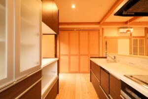 つくばで家事動線の良い家をつくるベースポイントのキッチンレイアウト