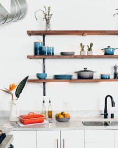壁付けキッチンのアレンジ_つくばで家事動線の良い家ならベースポイント