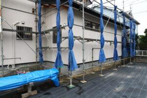 つくばで注文住宅を建てるベースポイントの雨樋工事現場