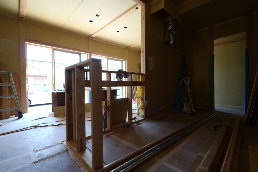 つくばで木の家を建てるベースポイントの造作現場
