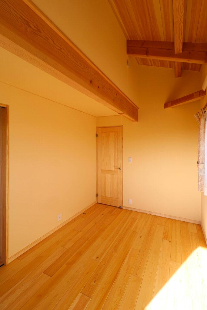 つくば市で和モダンの家を建てるベースポイントの子供部屋