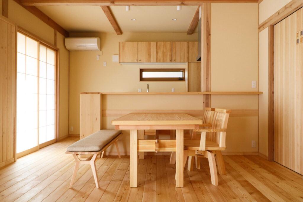 つくば市で和モダンの家を建てるベースポイントのオリジナル和モダン家具