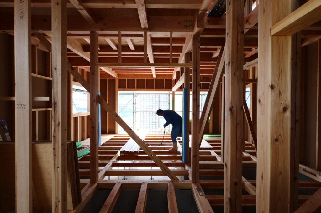 つくばみらい市で耐久性の高い家ならベースポイント